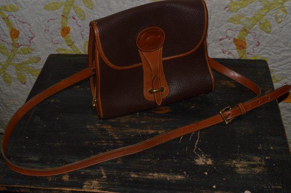 Dooney & Bourke Bag