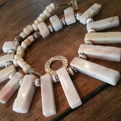 lace agate statement necklace